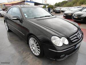 Mercedes-Benz CLK 270 CDI Avant. 170 CV Julho/03 - à venda