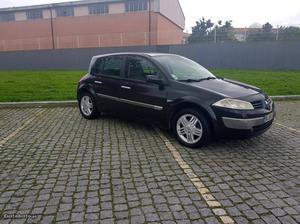 Renault Mégane 1.5DCI-NACIONAL Abril/04 - à venda -