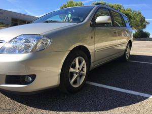 Toyota Corolla 1.4D-4D Carinha Dezembro/04 - à venda -
