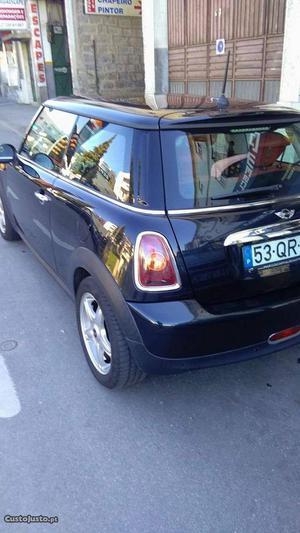 MINI Cooper Mini Cooper D 1.6 Janeiro/08 - à venda -