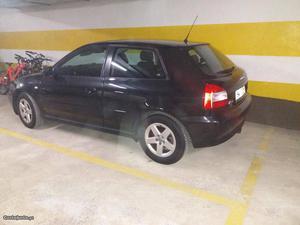 Audi A3 3 portas Maio/01 - à venda - Ligeiros Passageiros,