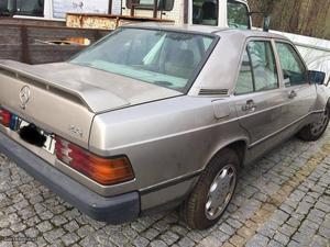 Mercedes-Benz  D acidentado Julho/87 - à venda -
