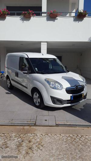 Opel Combo 1.3 CDTI-12 Fevereiro/12 - à venda - Comerciais