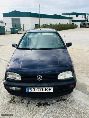 VW Golf golf 3 Junho/97 - à venda - Ligeiros Passageiros,