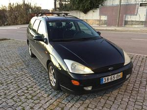Ford Focus sw Janeiro/99 - à venda - Ligeiros Passageiros,