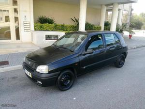 Renault Clio 1.2 chipie Fevereiro/98 - à venda - Ligeiros