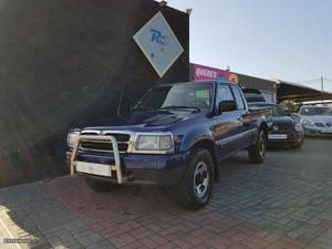 Mazda B Pick Up 4x4 Agosto/97 - à venda - Pick-up/