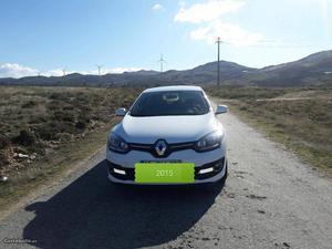Renault Mégane DYNAMIQUE s Março/15 - à venda - Ligeiros