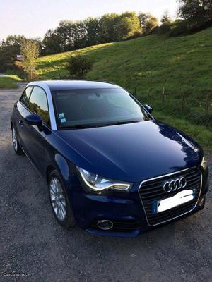 Audi A1 Tdi 105 Ambition Janeiro/11 - à venda - Ligeiros