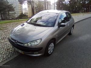 Peugeot 206 AC  Janeiro/04 - à venda - Ligeiros