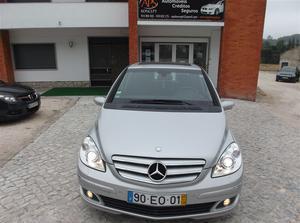 Mercedes-Benz Classe B 180 CDi Autotronic (109cv) (5p)