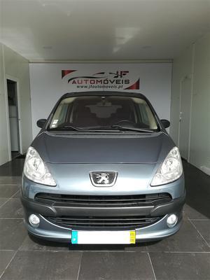 Peugeot  HDi Trendy (68cv) (3p)