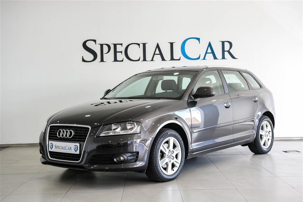 Audi A3 SB 1.6 TDI Attraction (105cv) (5p)