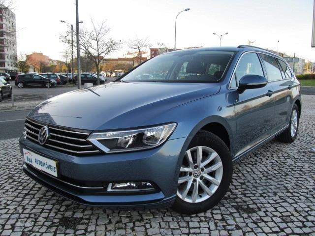 Volkswagen Passat 1.6 TDI CONFORTLINE 120CV GPS