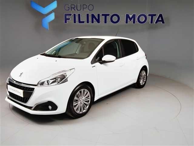 Peugeot  BlueHDi Signature