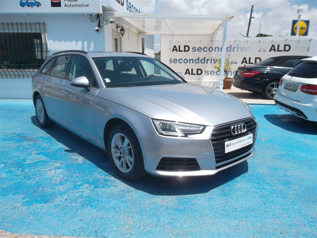 Audi A4 A. 2.0 TDI Design S-tronic (150cv) (5p)