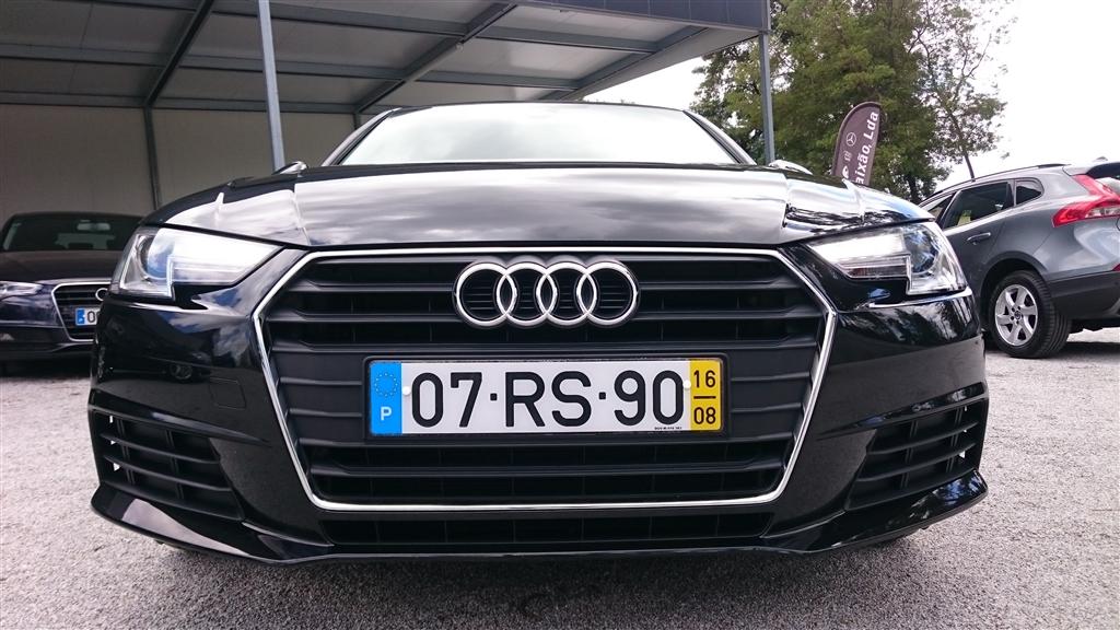 Audi A4 2.0 TDI Design (150cv) (4p)