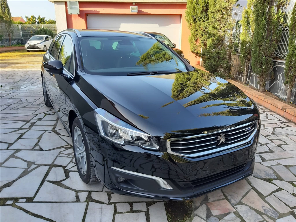 Peugeot  Blue-HDI FAP Active 120CV