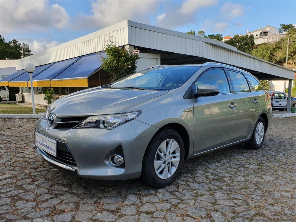 Toyota Auris Touring Sports 1.8 VVT-i HSD Comfort