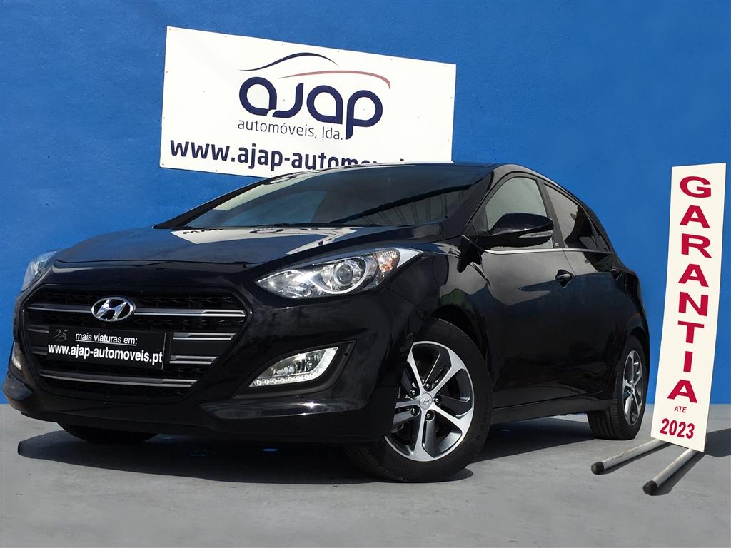 Hyundai i CRDi Passion Blue