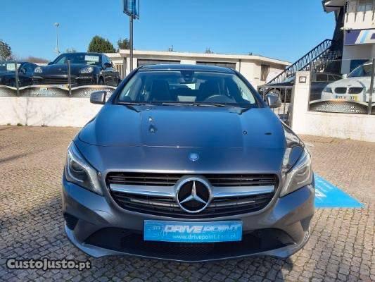 Mercedes-Benz CLA 180 Urban Agosto/15 - à venda - Ligeiros