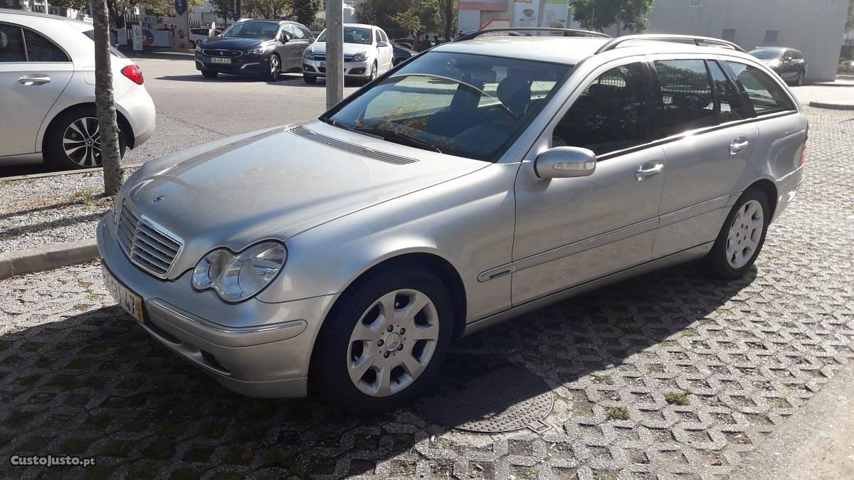 Mercedes-Benz C 220 CDI cx automática Dezembro/02 - à