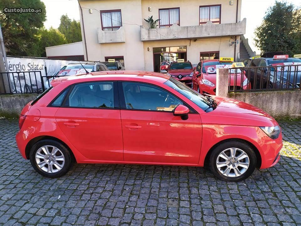 Audi A1 SPORTBACK Ambition Agosto/12 - à venda - Ligeiros