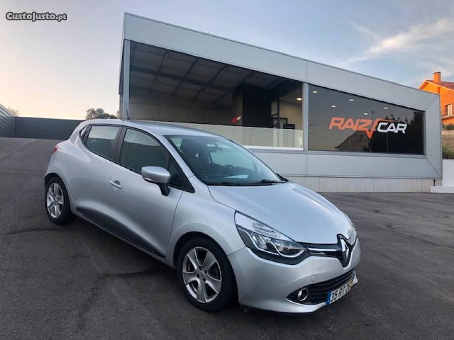 Renault Clio Limited diesel + Gps Maio/15 - à venda -
