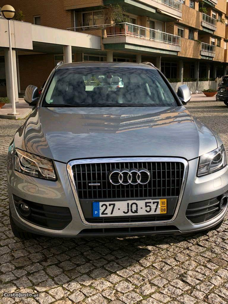 Audi Q5 2.0 TDI Quattro 170CV Agosto/10 - à venda -