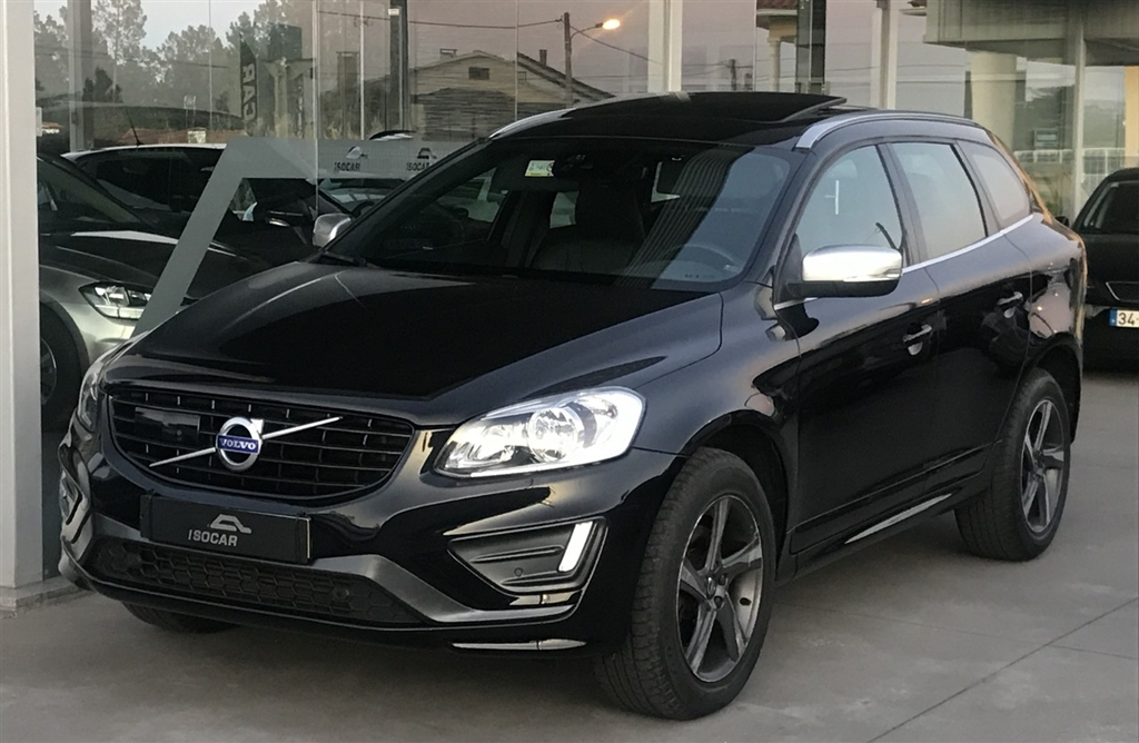 Volvo XC D4 R-Design Momentum Geartronic